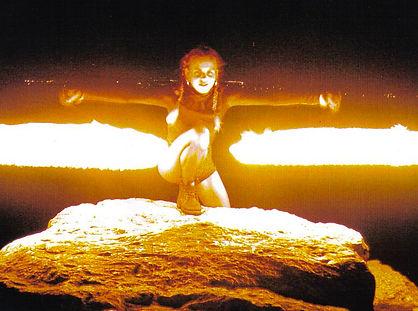 Magicien Show Spectacle Cabaret International Danse Cirque Feu