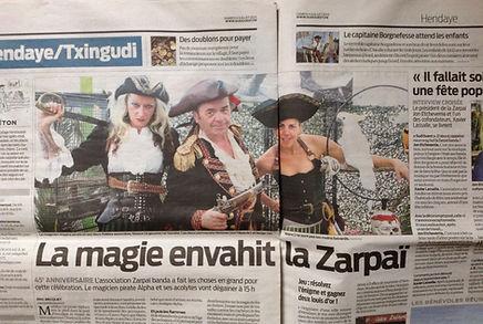 Sacha et Alpha spectacle de Magie des Pirates 2015