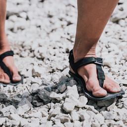 Shamma Barfuß Sandale im Test
