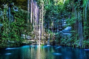 Labnaha Cenote