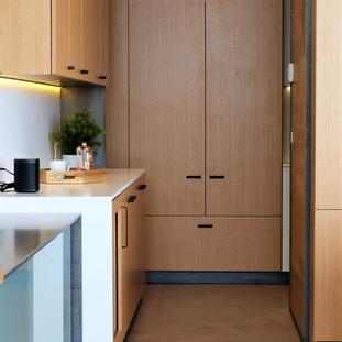 charles drive kitchen2.jpg