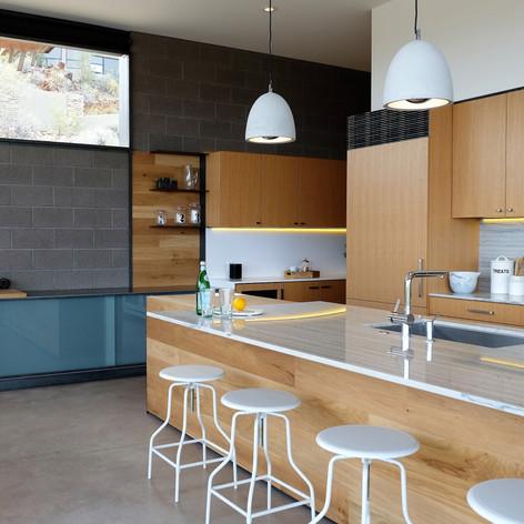 charles drive kitchen9.jpg