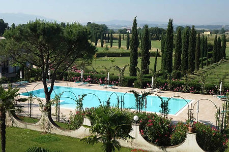 Villa-Zuccari-Pool-and-Gardens.jpg