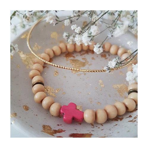 Bracelet perles bois croix céramique
