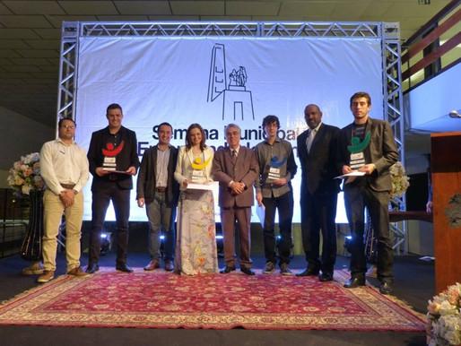 Daiane Catuzzo recebe o Prêmio Jovem Talento Empreendedor 2015