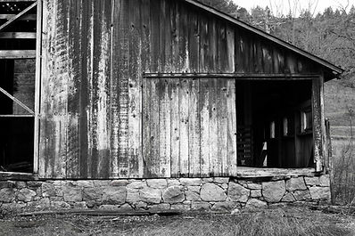 c.conn valley barn1.jpg
