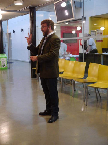 Robert addressing International Summer School students at Chelsea College of Arts 2016