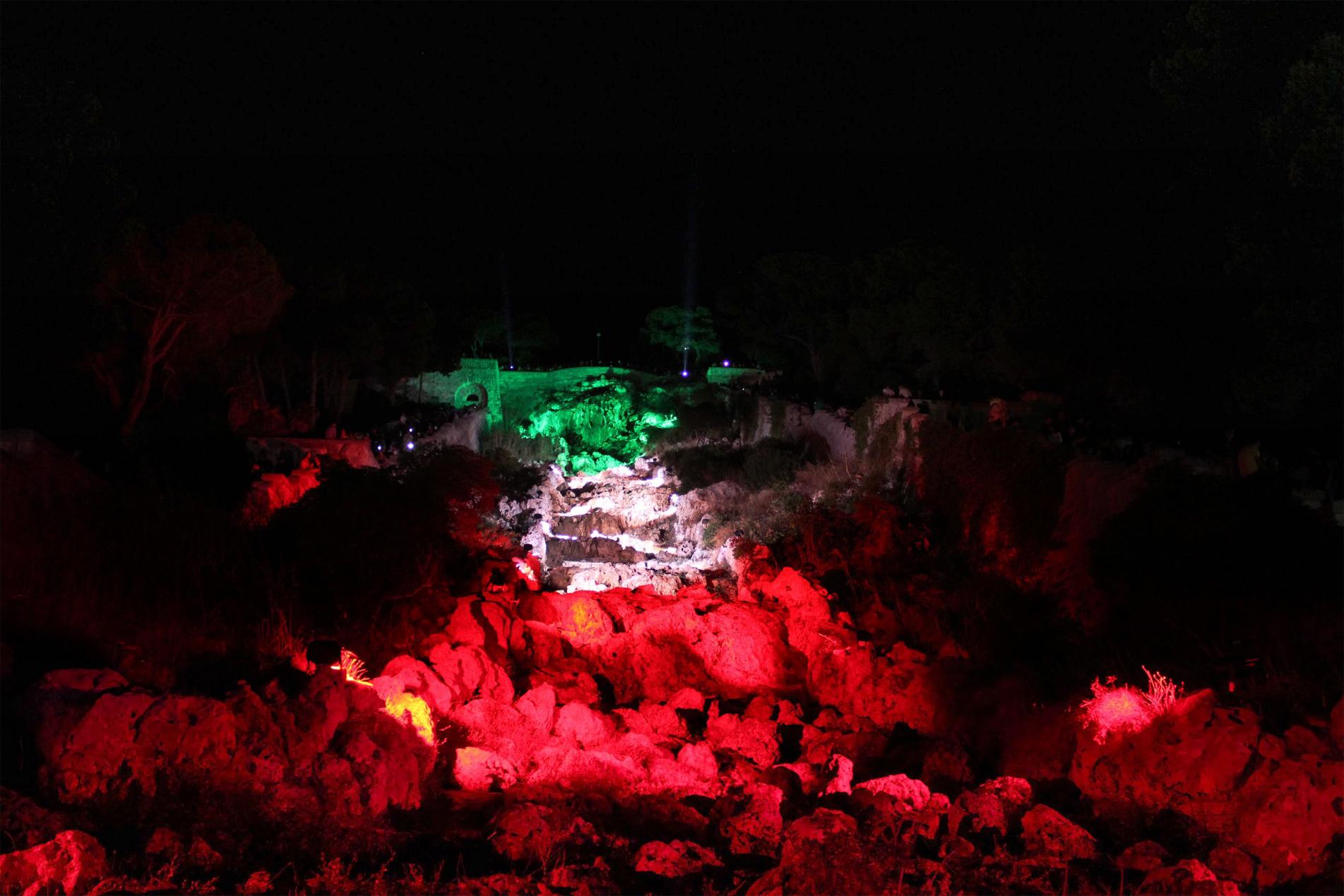 Illuminazione cascata - 2017