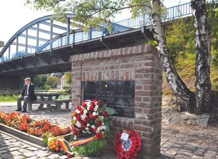 Joes bridge monument.jpg