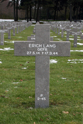 P 2-45 Erich Lang.jpg