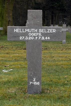 Z 7-156 Hellmuth Selzer.jpg
