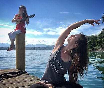 yoga sonore, yoga et chants sacrés, yoga sonore geneve, kirtan