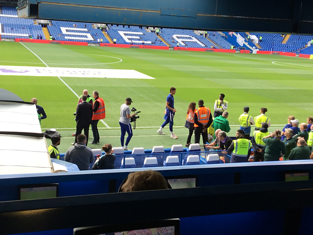 Before the 4-1 slaying of Cardiff City Photo by Paul Lagan