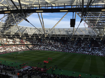 Chelsea crash 1-0 to West Ham at London Stadium - is title now over?