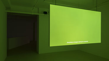 R0G255B0 (green screen)