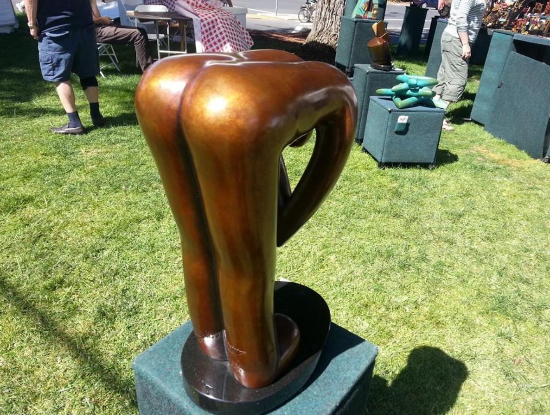 FAITP Web pics sculpture bending person