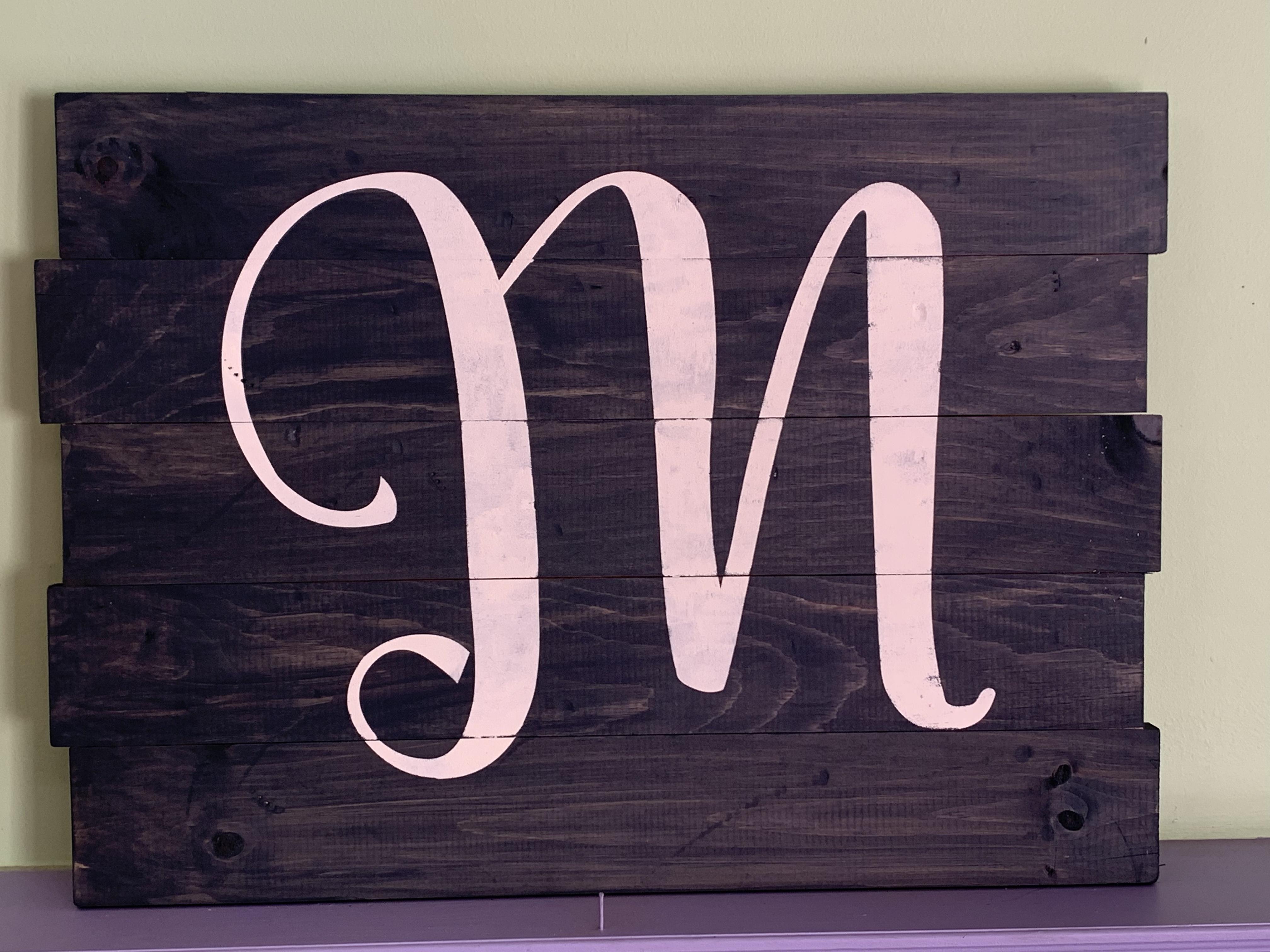 Single Monogram (M8)