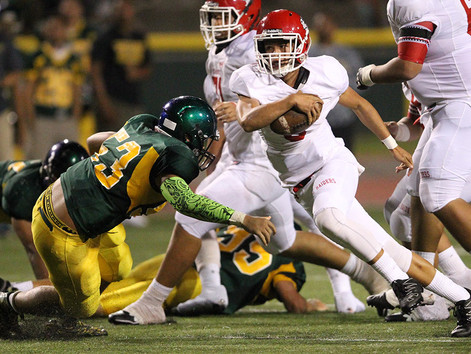 Kahuku quarterback lands Hawaii offer