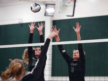 University of Hawaii Wahine volleyball freshman Braelyn Akana eager to play for her mother's teammat