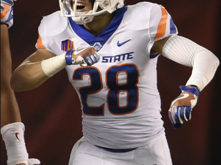 KEKAULA KANIHO USING SMARTS, NOT SIZE TO BECOME VALUABLE PART OF BOISE STATE DEFENSE