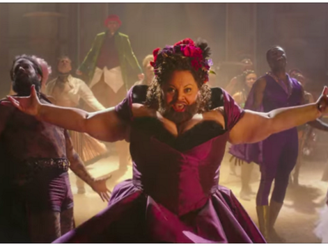 Keala Settle Makes Grand Entrance As The Bearded Lady In 'The Greatest Showman'