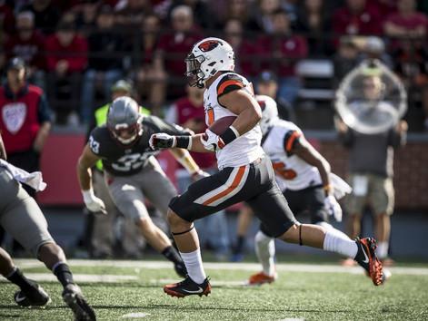 Versatile Oregon State freshman linebacker Kesi Ah-Hoy a unique kick return option