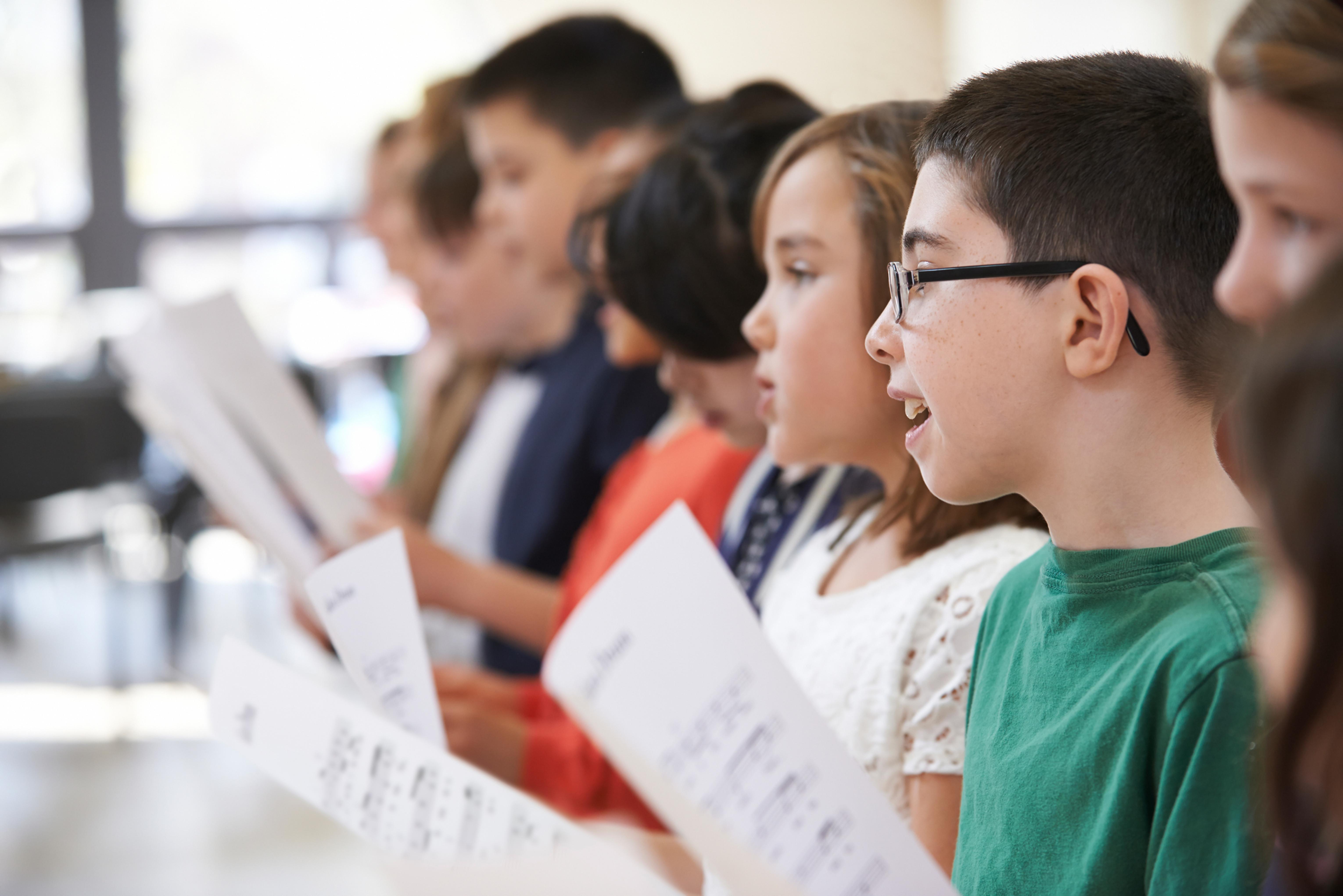 Bella Voce Chorus (grades 4-12)