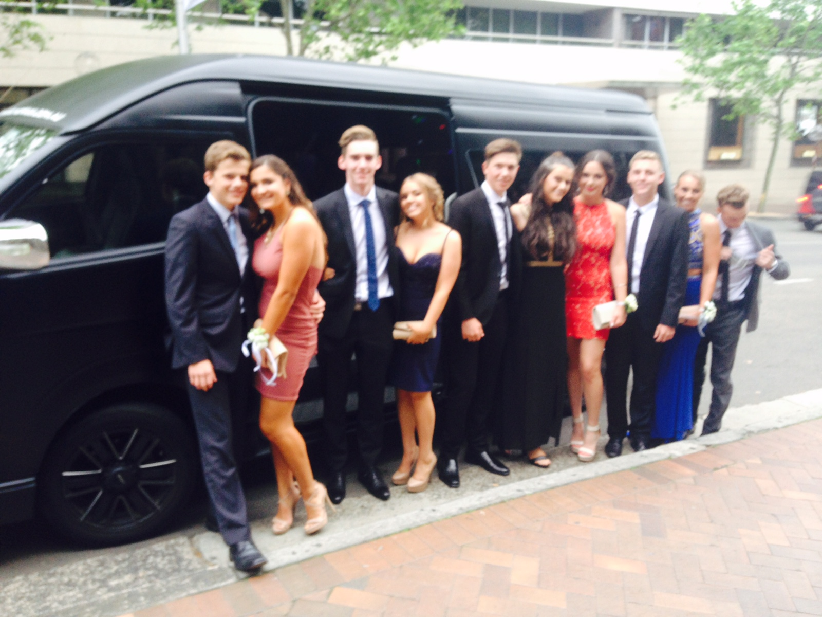 Bling Bling Maxi Sydney - Wedding Guest Transfers