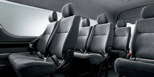 bling bling maxi shuttle driver - maxi t