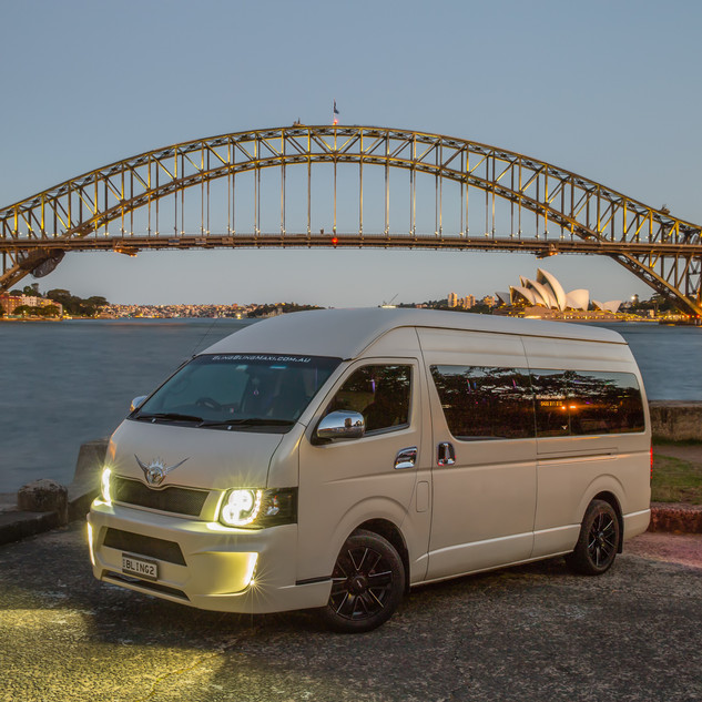 bling bling maxi shuttle party maxi taxi sydney - best maxi taxi cab - book a party maxi taxi cab sydney city party shuttle bus