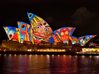 Vivid Sydney Maxi Taxi. Best Party Shuttle for Vivid Sydney Group Transfers. Book Now and Save with