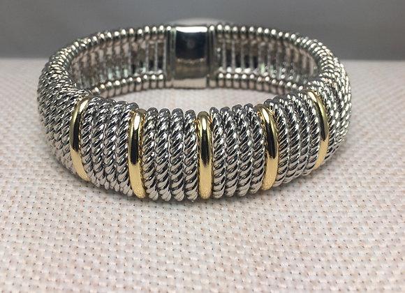 White Fashion Bracelet with Alternating Links