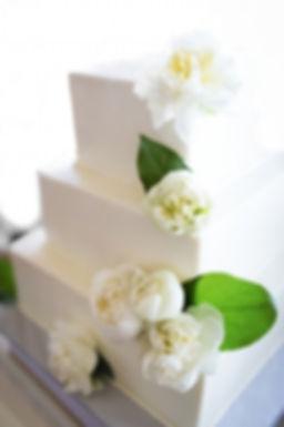 Hansen's Cakes Bakery Wedding Cake