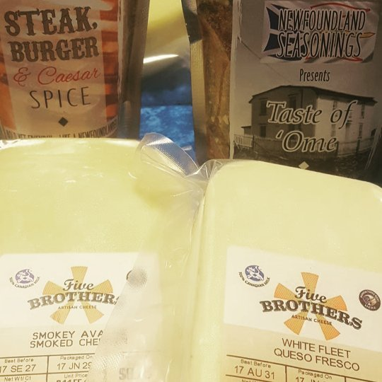 Spice and cheese together _sjfmnl __5broscheese #localfood #boldyetfriendly #market #shoplocal