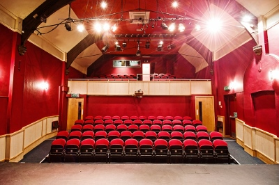 thame_players_theatre-400x266