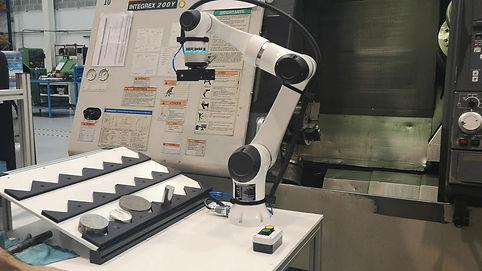 Robot colaborativo Elfin cnc