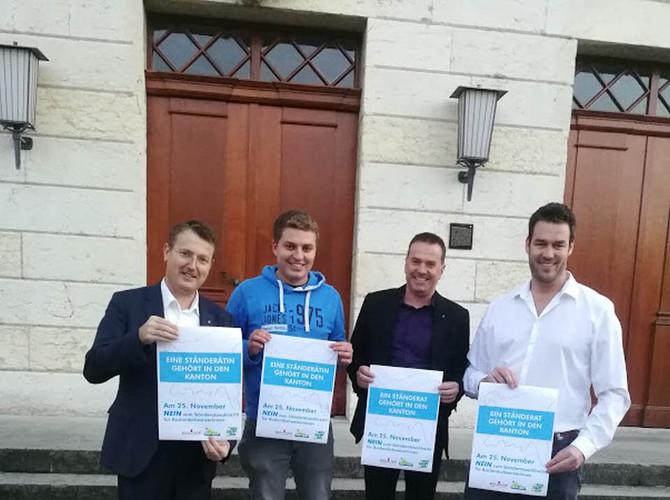Mit SVP Präsident Thomas Burgherr, JSVP Präsident Alain Bütler und EDU Grossrat Rolf Haller im Abstimmungseinsatz