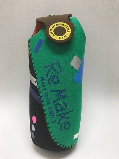 PLー36/変なデザインのペットボトルホルダー