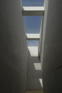 skylight_4_©_alex_attard_ALX0527.jpg