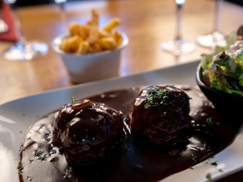 Les boulettes faites maison sauce liégeoise