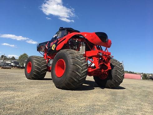Tom Cat: Monster Jet Truck