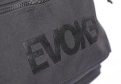 mochila-evoke-black-in-black-5_1.jpg