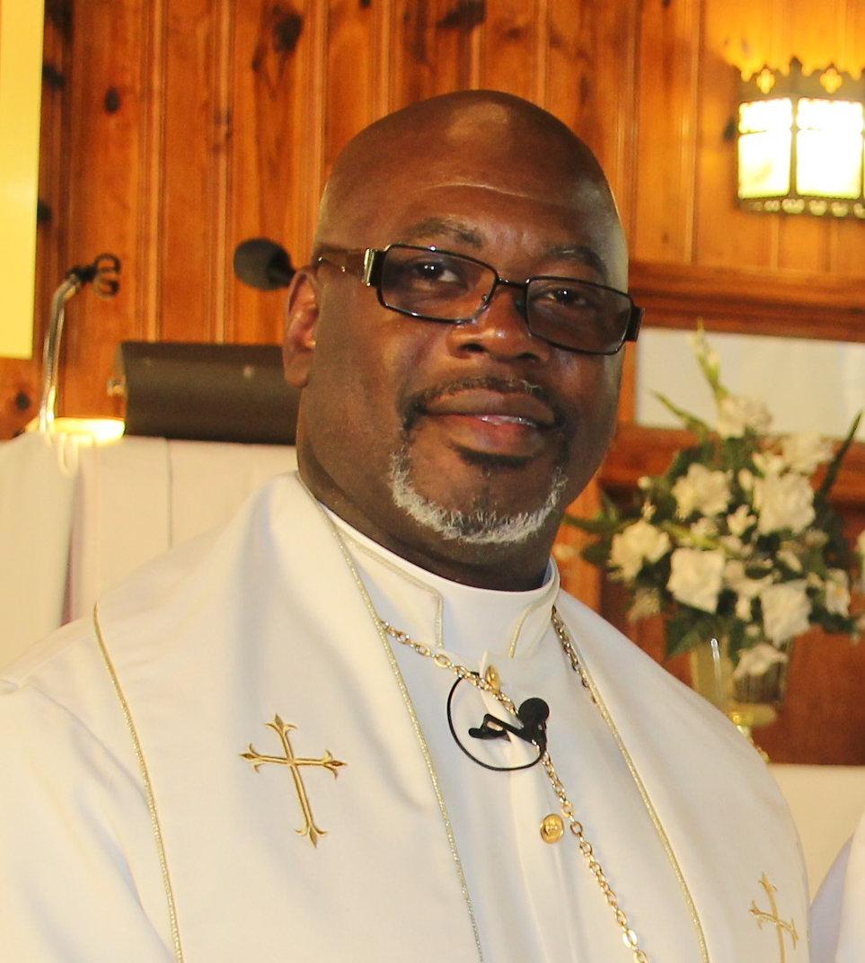 Pastor Drayton 2020.jpg
