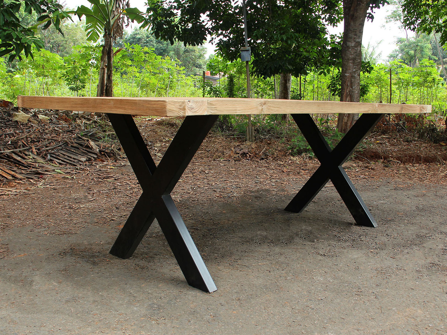 industrialchic-furniture-diningtable-tab