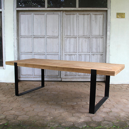 Industrial Chic Dining Table - Thin U Legs / Recycled Teak