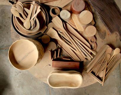 Wooden kitchenware accessories