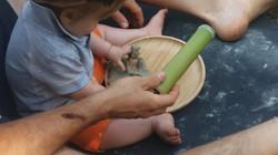 Motricità e Materiali Naturali | Baby Tr