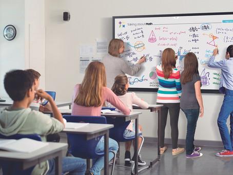 """Samsung crea la próxima generación de aprendizajecon la nueva pantalla Flip 85"""""""