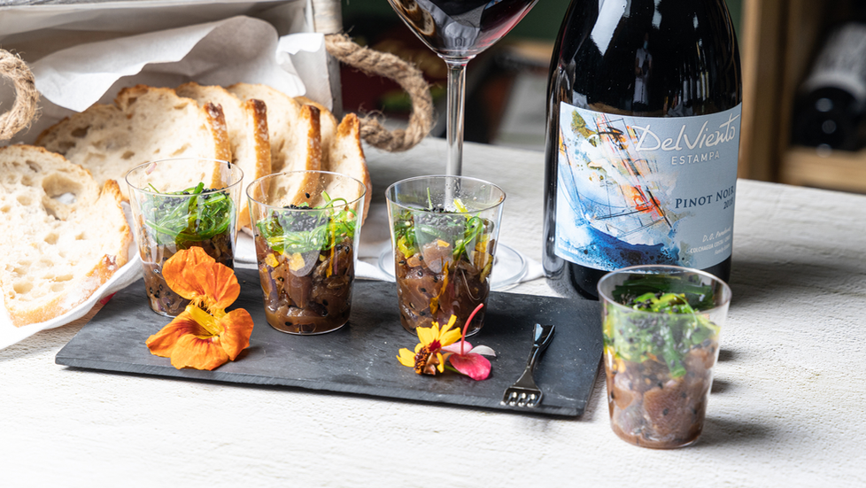 Simplemente con el vino… ¡todo!