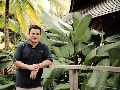 Andrey Gómez: Pasión por el buen servicio